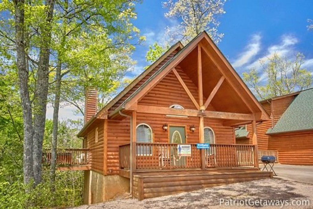 Photo of a Gatlinburg Cabin named Quality Time - This is the fourteenth photo in the set.