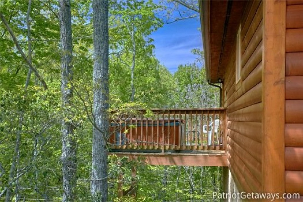 Photo of a Gatlinburg Cabin named Quality Time - This is the thirteenth photo in the set.