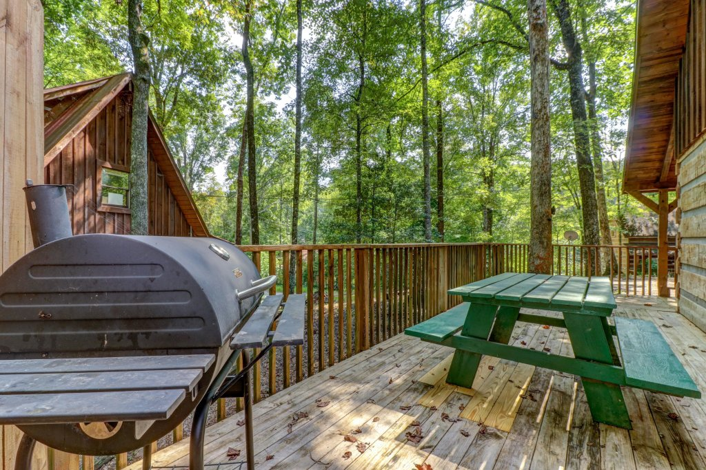 Photo of a Pigeon Forge Cabin named Peaceful Pines - This is the sixth photo in the set.