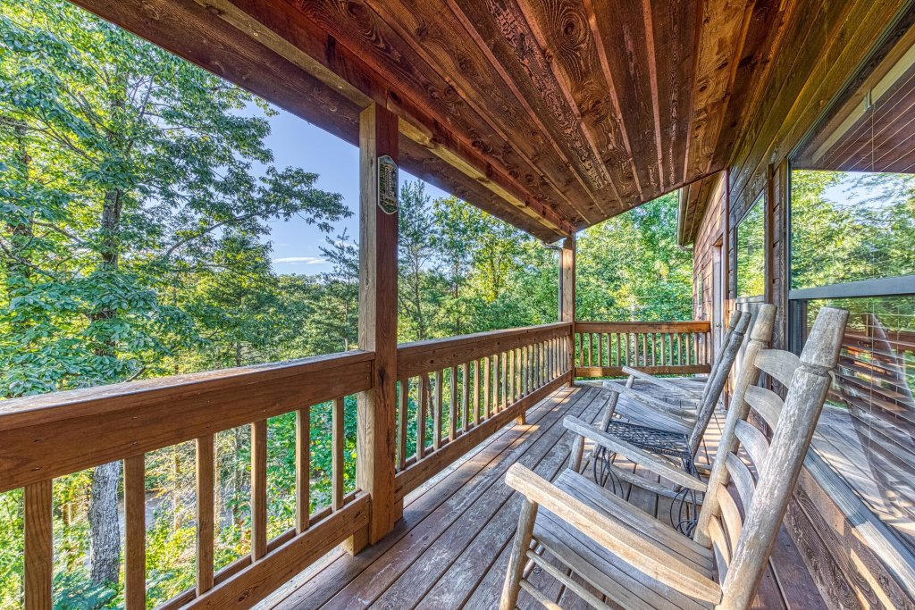 Photo of a Pigeon Forge Cabin named Cloud 9 - This is the twenty-fifth photo in the set.