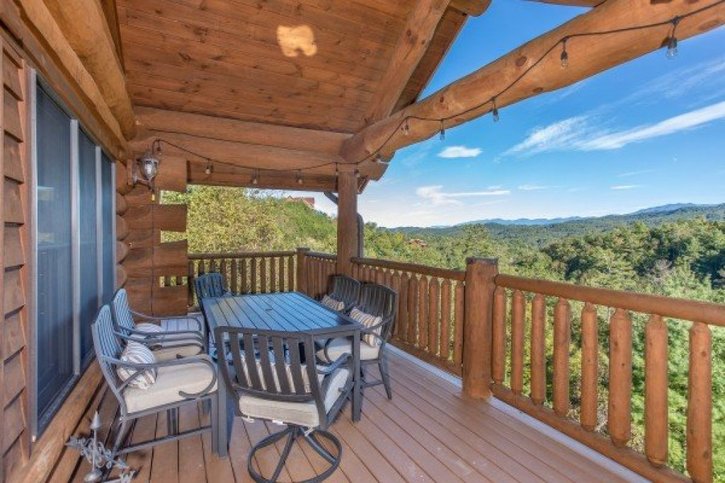 Photo of a Sevierville Cabin named Great View Lodge - This is the eleventh photo in the set.