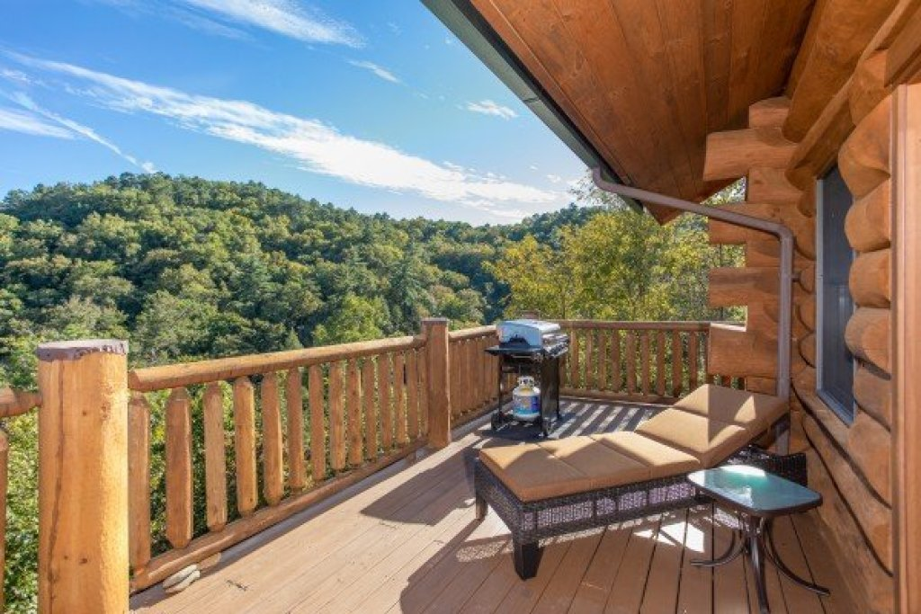 Photo of a Sevierville Cabin named Great View Lodge - This is the fifteenth photo in the set.