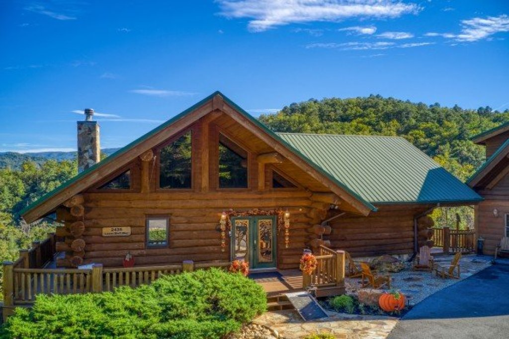 Photo of a Sevierville Cabin named Great View Lodge - This is the forty-fourth photo in the set.