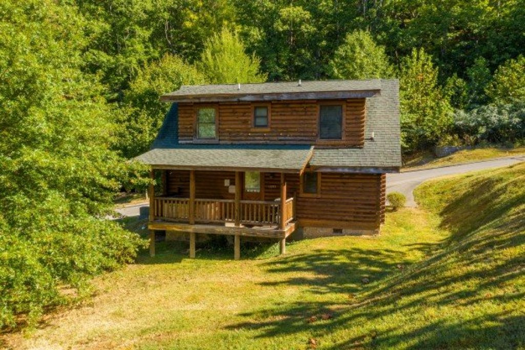 Photo of a Sevierville Cabin named Kountry Lovin' - This is the seventeenth photo in the set.
