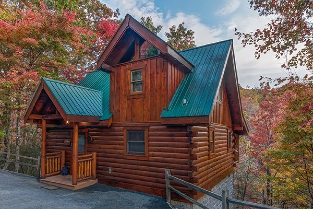 Photo of a Gatlinburg Cabin named Dancing Bearfoot - This is the twentieth photo in the set.