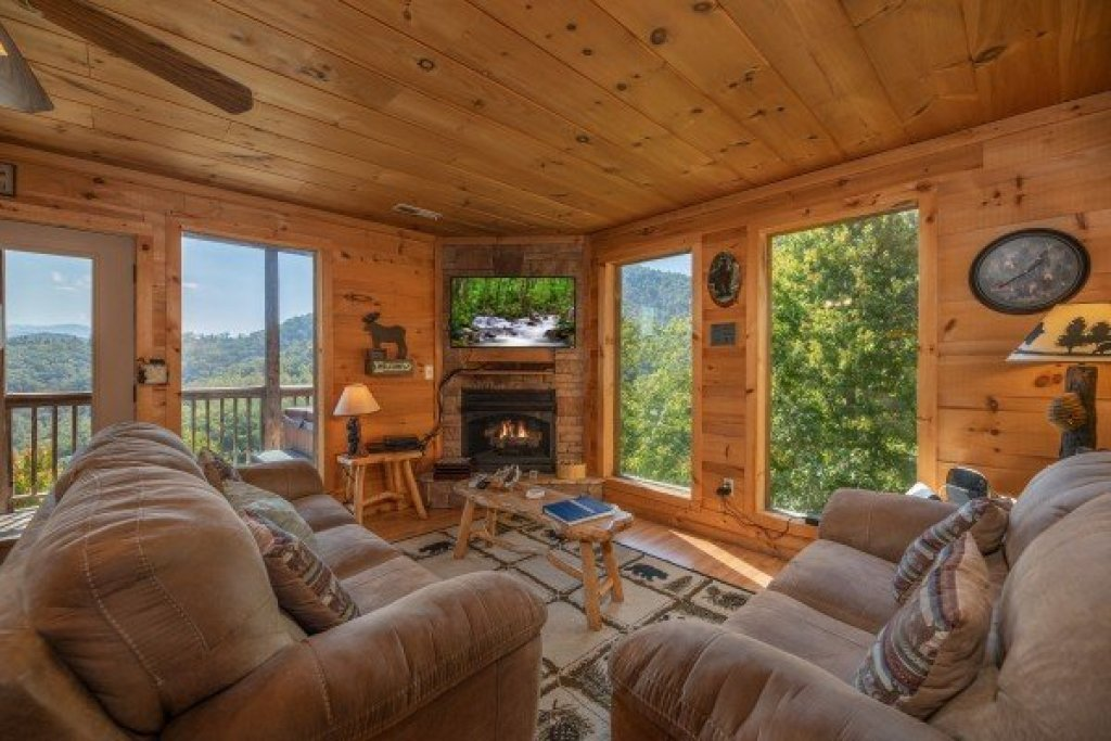 Photo of a Sevierville Cabin named A Perfect Getaway - This is the third photo in the set.