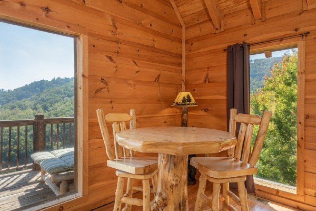 Photo of a Sevierville Cabin named A Perfect Getaway - This is the sixteenth photo in the set.