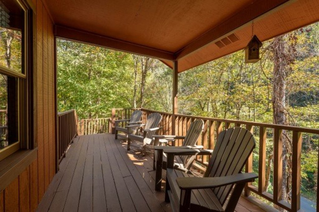 Photo of a Sevierville Cabin named Southern Luxury - This is the fifteenth photo in the set.