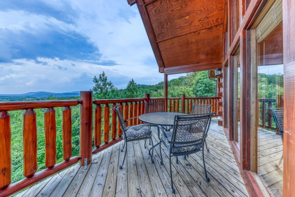 Photo of a Pigeon Forge Cabin named Smoky Mountain View - This is the first photo in the set.