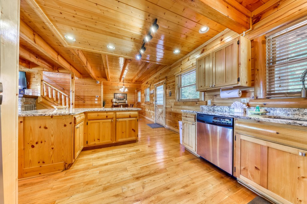 Photo of a Sevierville Cabin named Heaven Sent - This is the eighth photo in the set.