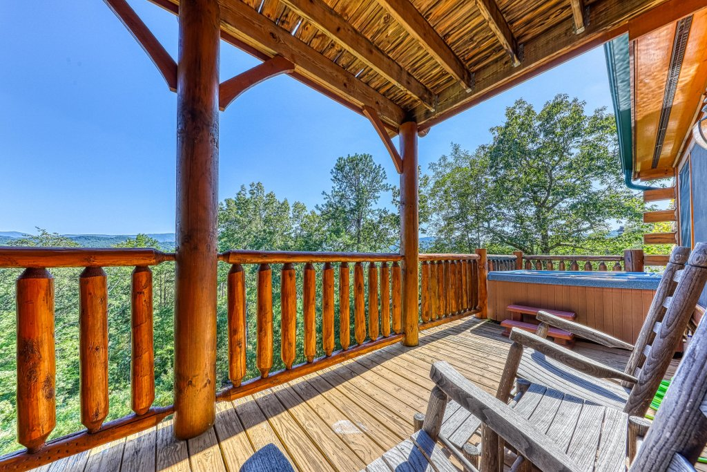 Photo of a Sevierville Cabin named Heaven Sent - This is the fifteenth photo in the set.