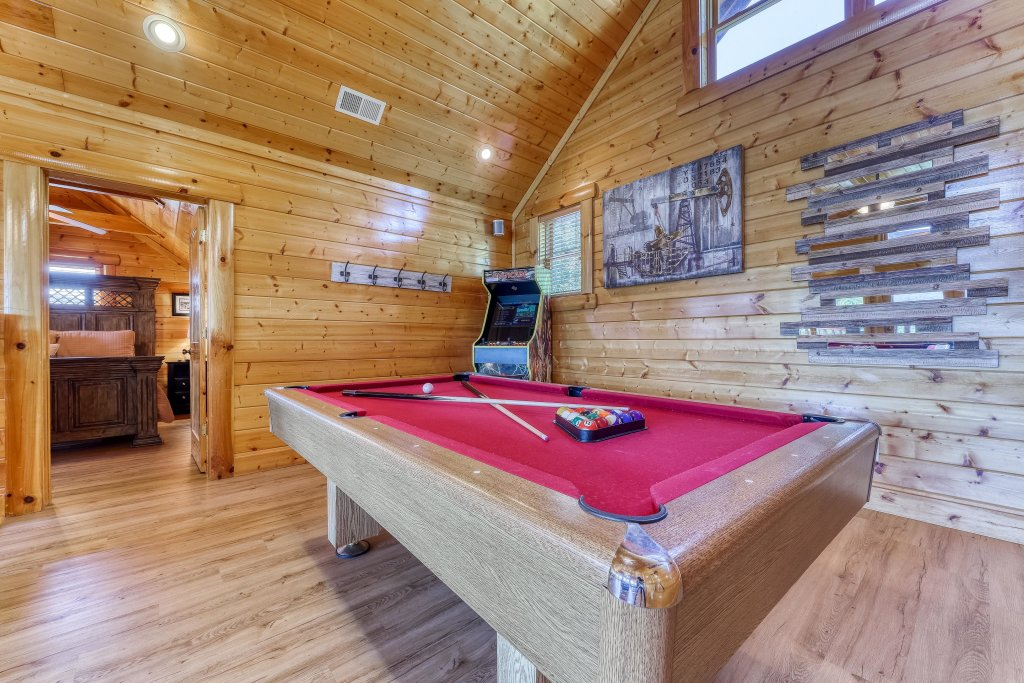Photo of a Sevierville Cabin named Heaven Sent - This is the thirteenth photo in the set.