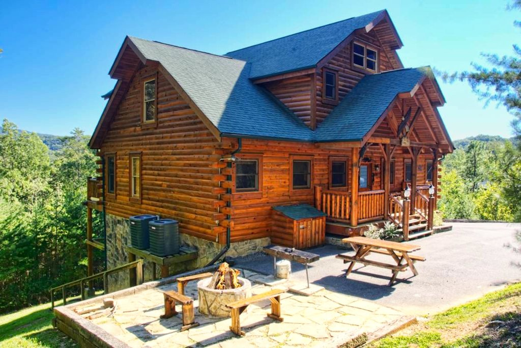 Photo of a Sevierville Cabin named Heaven Sent - This is the thirty-sixth photo in the set.