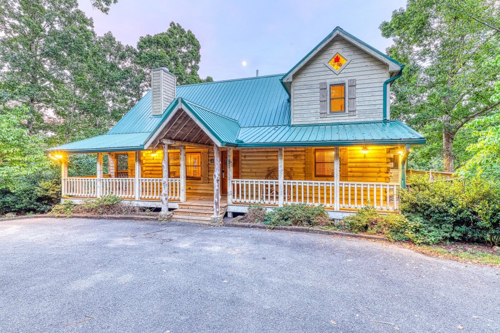 Photo of a Sevierville Cabin named Teddy Bear Lodge - This is the thirty-seventh photo in the set.