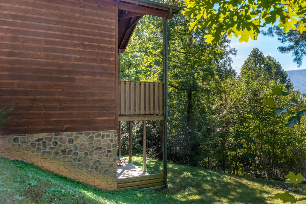 Photo of a Sevierville Cabin named Skinny Dippin - This is the thirty-ninth photo in the set.