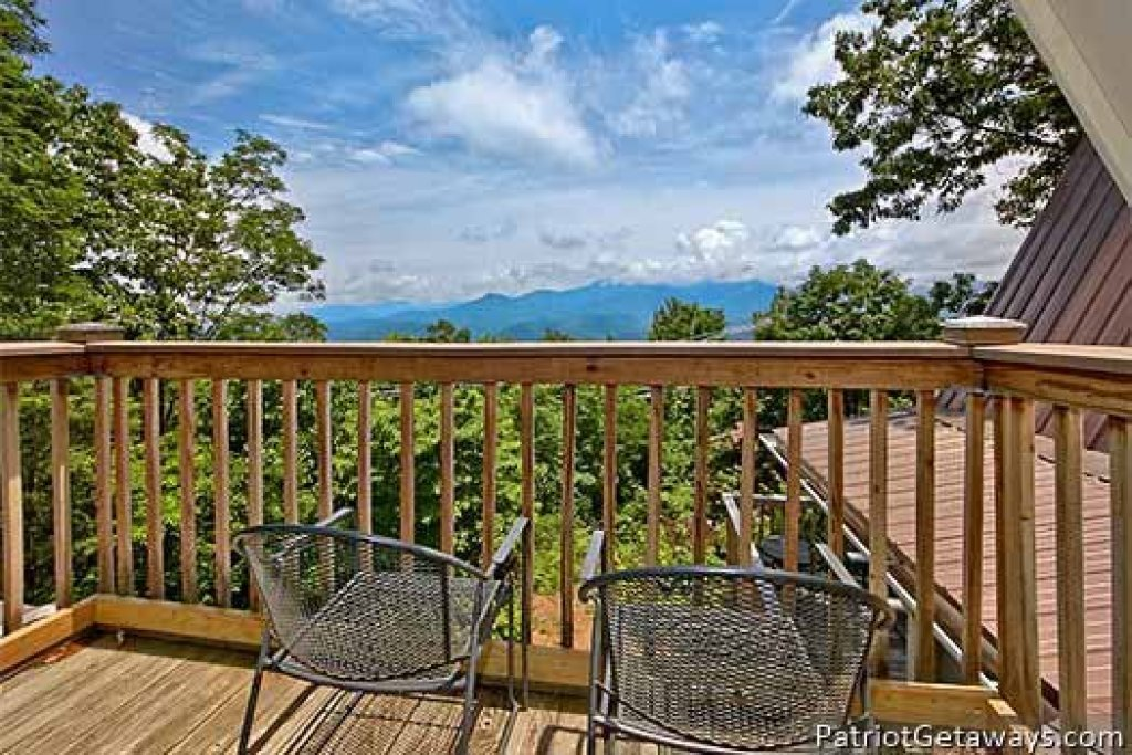 Photo of a Gatlinburg Cabin named Terrace Garden Manor - This is the forty-fifth photo in the set.