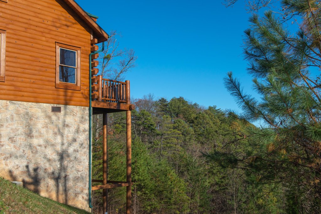 Photo of a Sevierville Cabin named A Higher Calling - This is the twenty-ninth photo in the set.