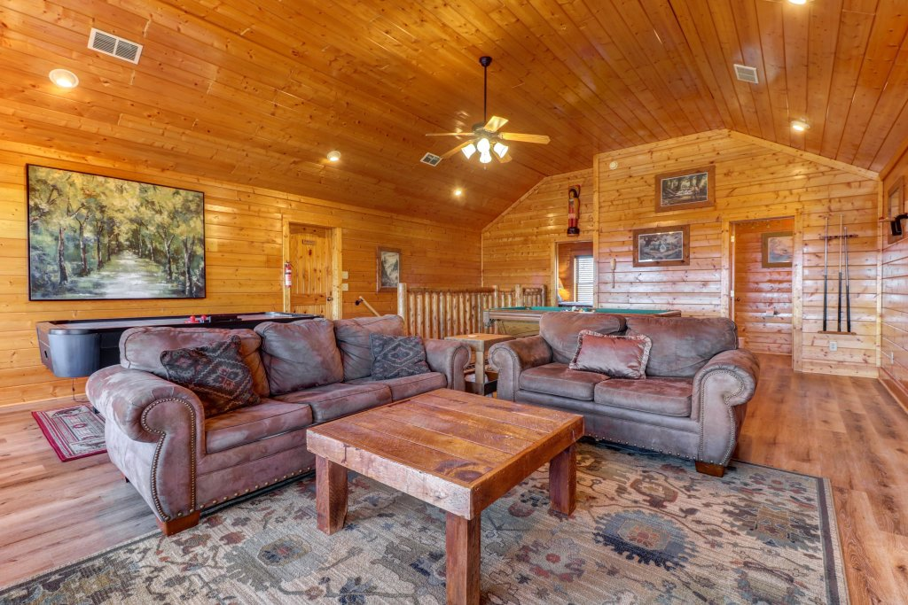 Photo of a Sevierville Cabin named A Higher Calling - This is the thirty-second photo in the set.
