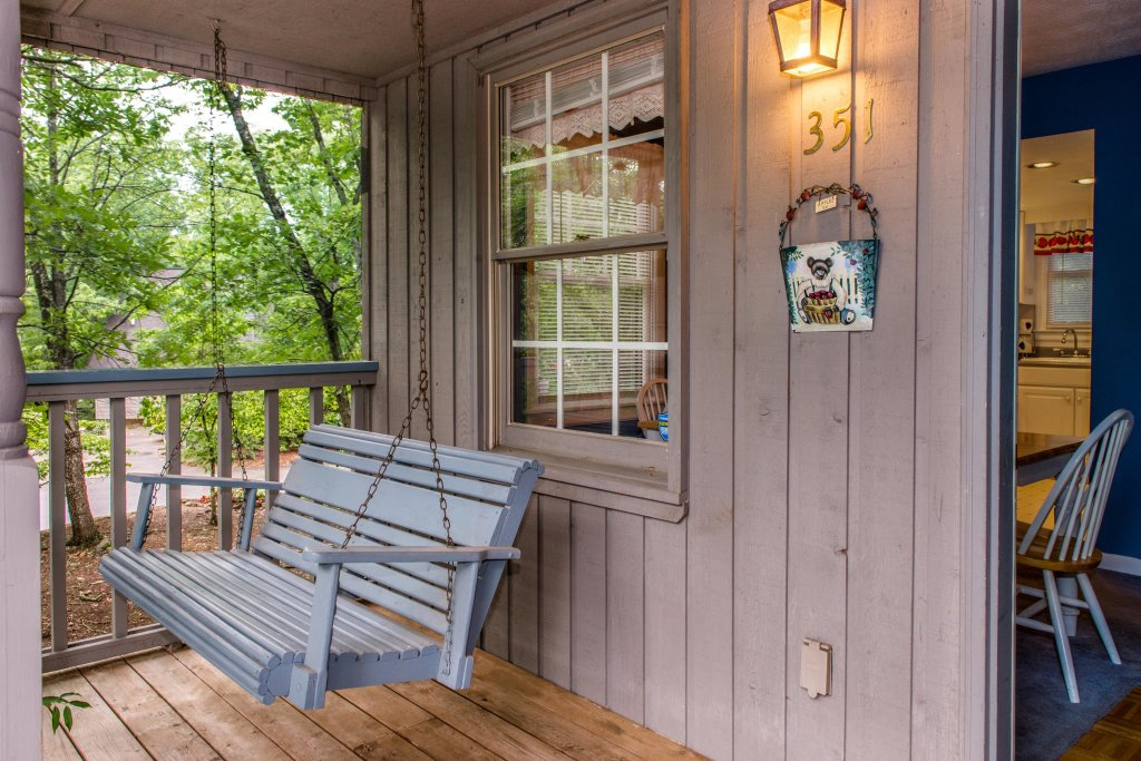 Photo of a Pigeon Forge Cabin named Sweet Serenity Cabin - This is the twentieth photo in the set.