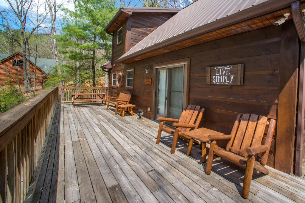 Photo of a Sevierville Cabin named Two Bears Cabin - This is the twenty-fourth photo in the set.