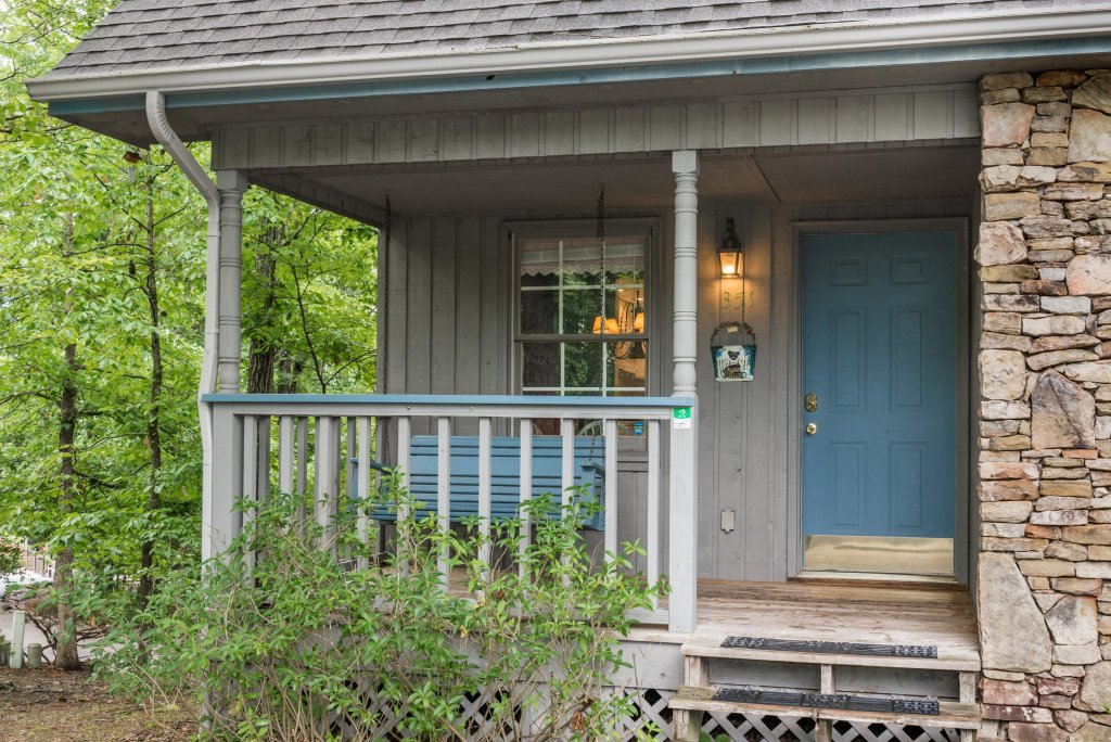 Photo of a Pigeon Forge Cabin named Sweet Serenity Cabin - This is the forty-first photo in the set.