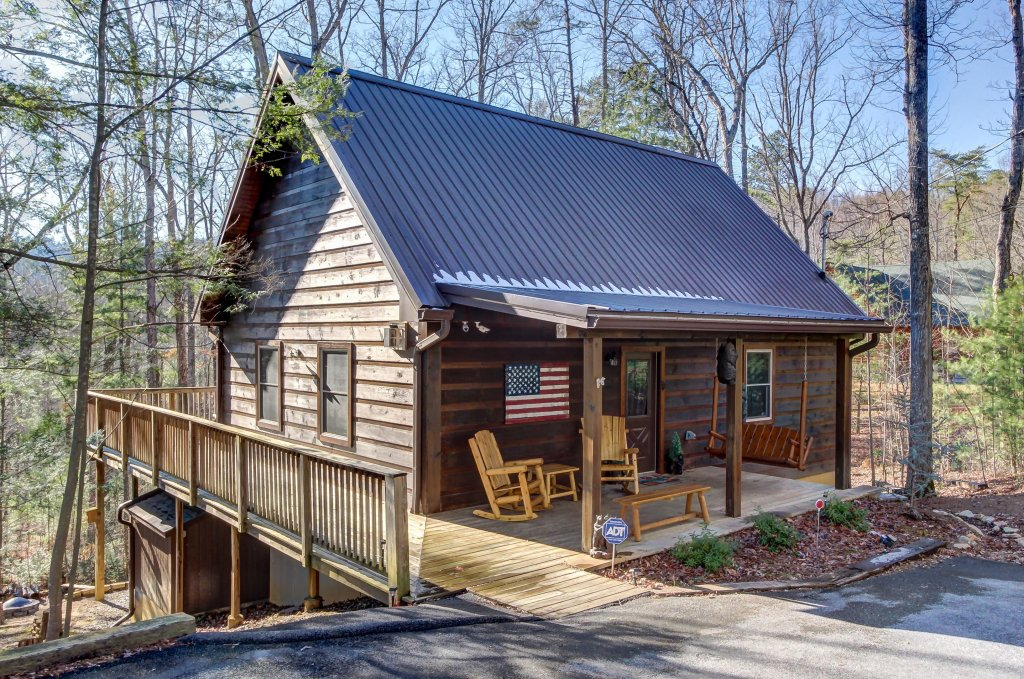 Photo of a Sevierville Cabin named Two Bears Cabin - This is the thirtieth photo in the set.