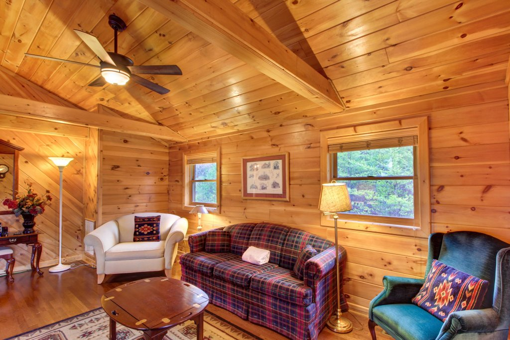 Photo of a Sevierville Cabin named Inspiration Point Cabin - This is the thirty-first photo in the set.