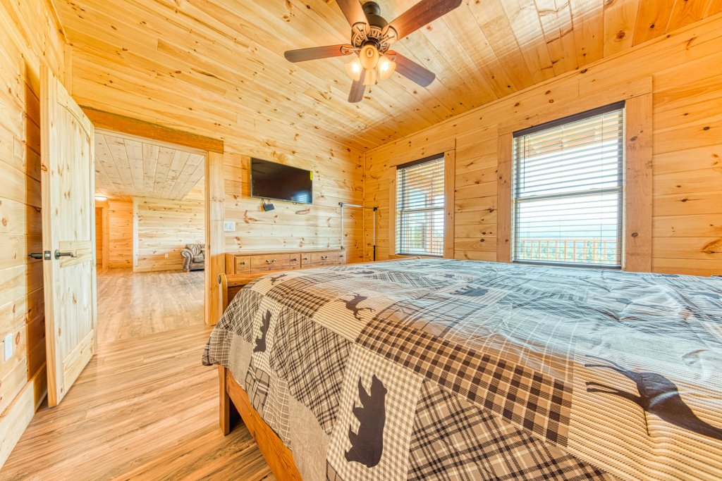 Photo of a Sevierville Cabin named Bearadise - This is the thirty-second photo in the set.