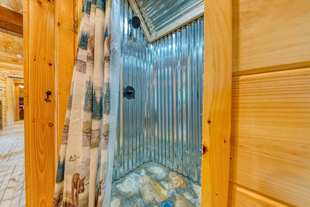 Photo of a Sevierville Cabin named Bearadise - This is the forty-first photo in the set.
