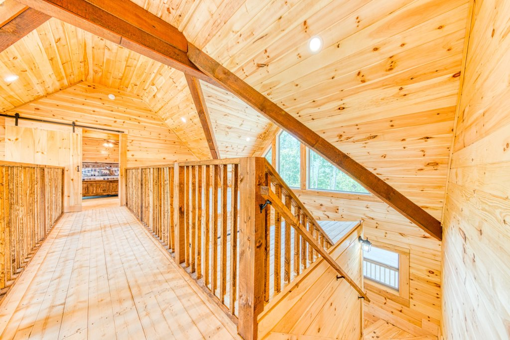 Photo of a Sevierville Cabin named Bearadise - This is the forty-second photo in the set.