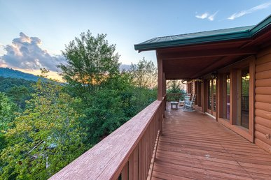 Arrowhead Log Cabin Resort: Brief Escape Cabin