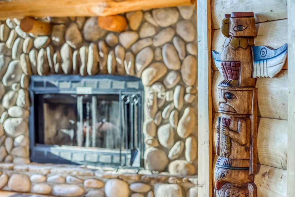 Photo of a Sevierville Cabin named Kodiak #45 - This is the thirteenth photo in the set.