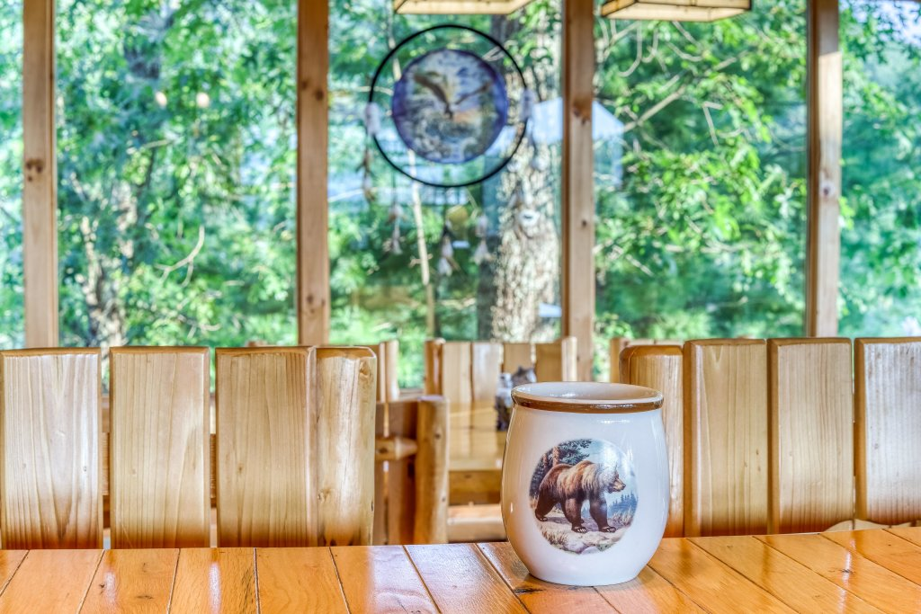 Photo of a Sevierville Cabin named Kodiak #45 - This is the seventeenth photo in the set.