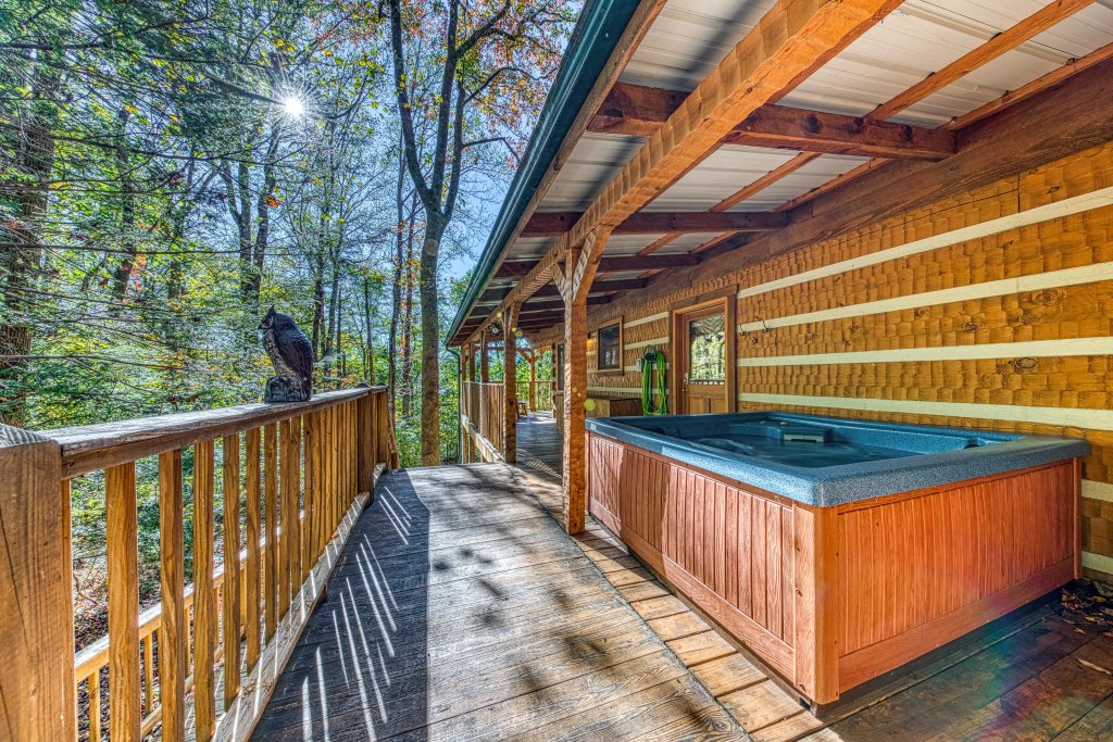 Photo of a Sevierville Cabin named Smokies Sanctuary Cabin - This is the fourth photo in the set.