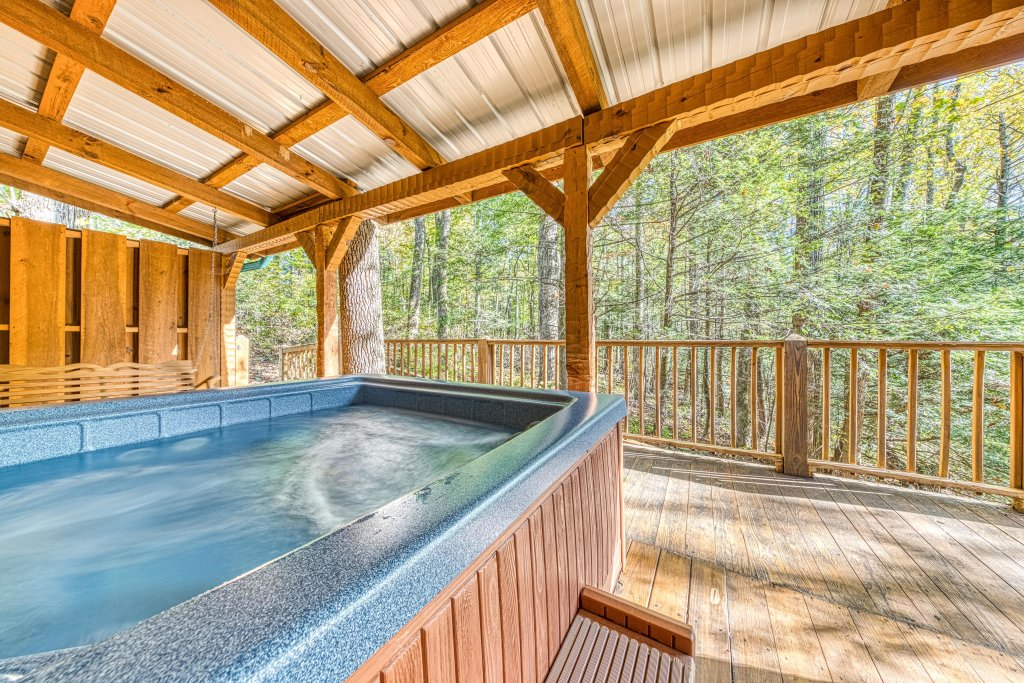 Photo of a Sevierville Cabin named Smokies Sanctuary Cabin - This is the thirty-second photo in the set.