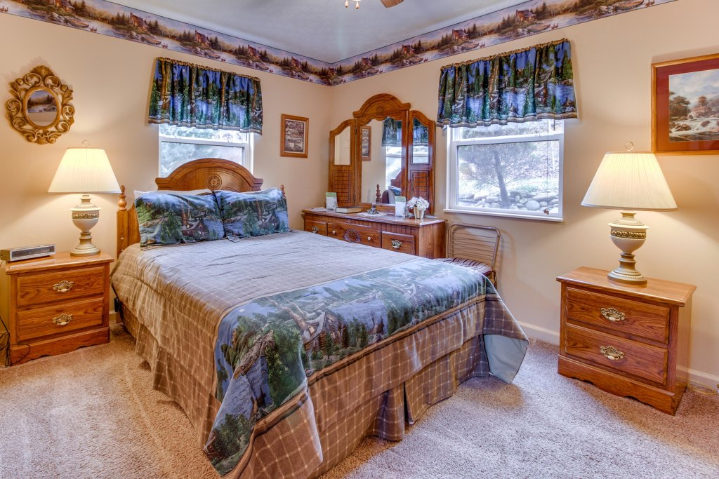 Photo of a Sevierville Cabin named Heavenly Daze Cabin - This is the fifteenth photo in the set.