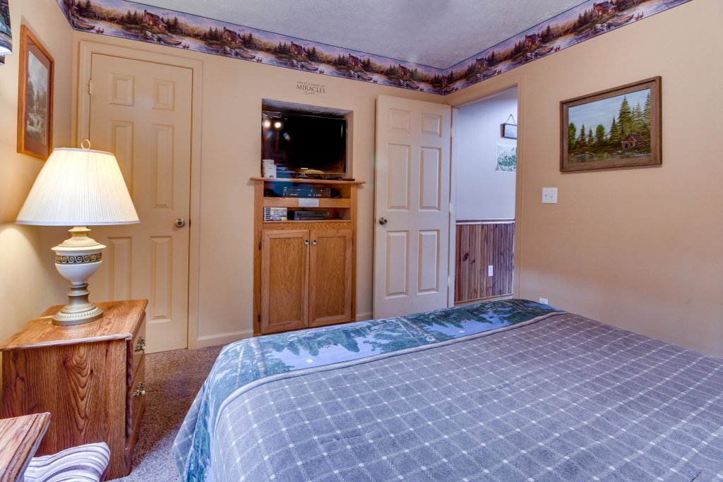 Photo of a Sevierville Cabin named Heavenly Daze Cabin - This is the sixteenth photo in the set.