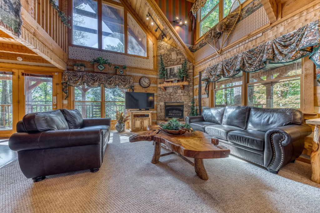 Photo of a Sevierville Cabin named Smokies Sanctuary Cabin - This is the sixth photo in the set.