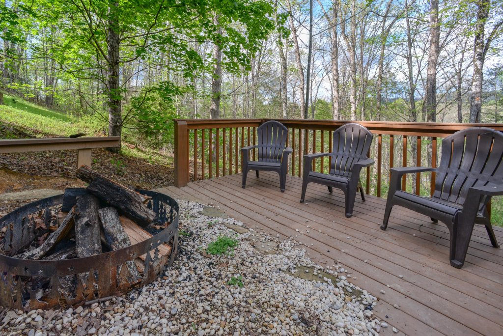 Photo of a Sevierville Cabin named Heavenly Daze Cabin - This is the seventh photo in the set.