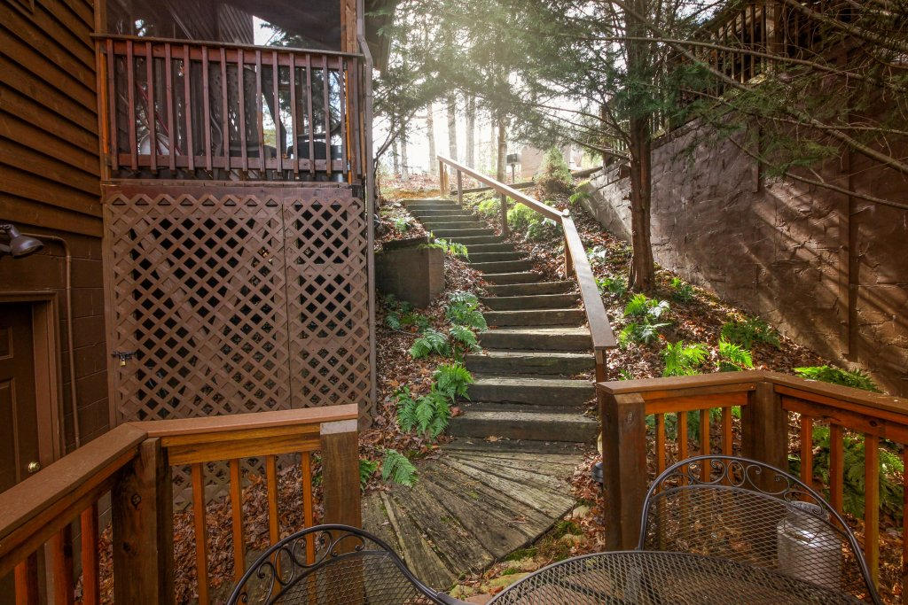 Photo of a Sevierville Cabin named Heavenly Daze Cabin - This is the nineteenth photo in the set.