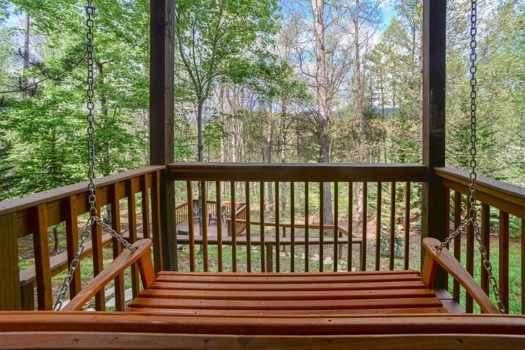Photo of a Sevierville Cabin named Heavenly Daze Cabin - This is the thirty-ninth photo in the set.