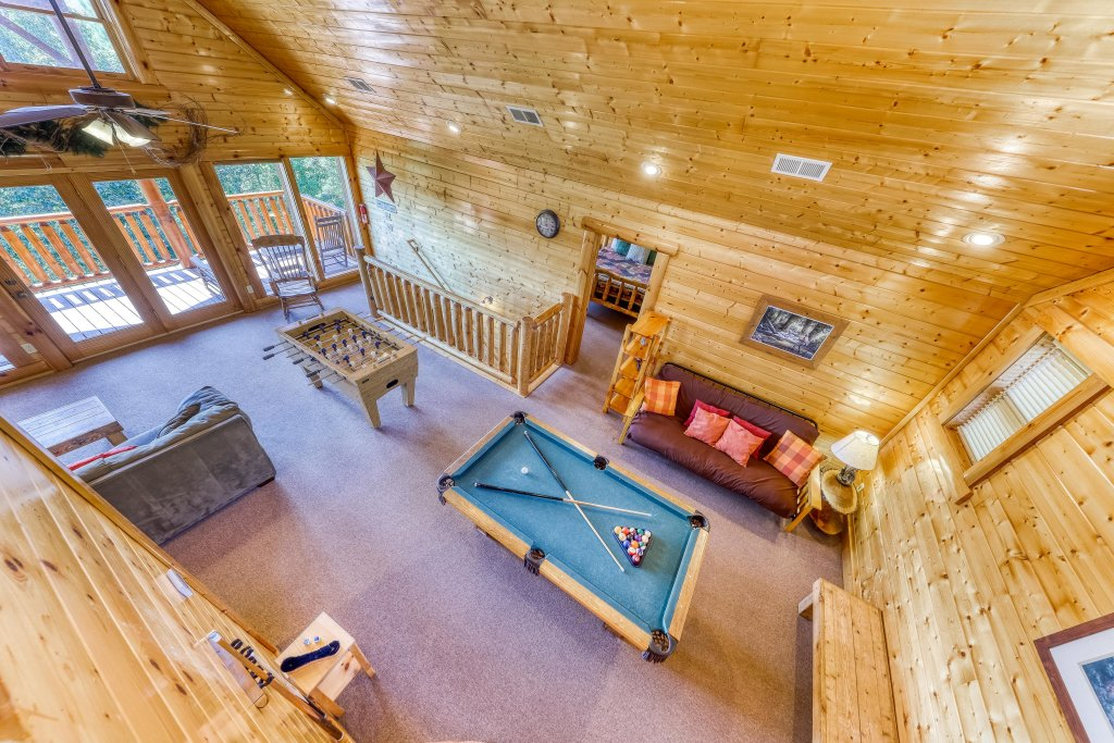 Photo of a Sevierville Cabin named Million Dollar View Cabin - This is the twentieth photo in the set.