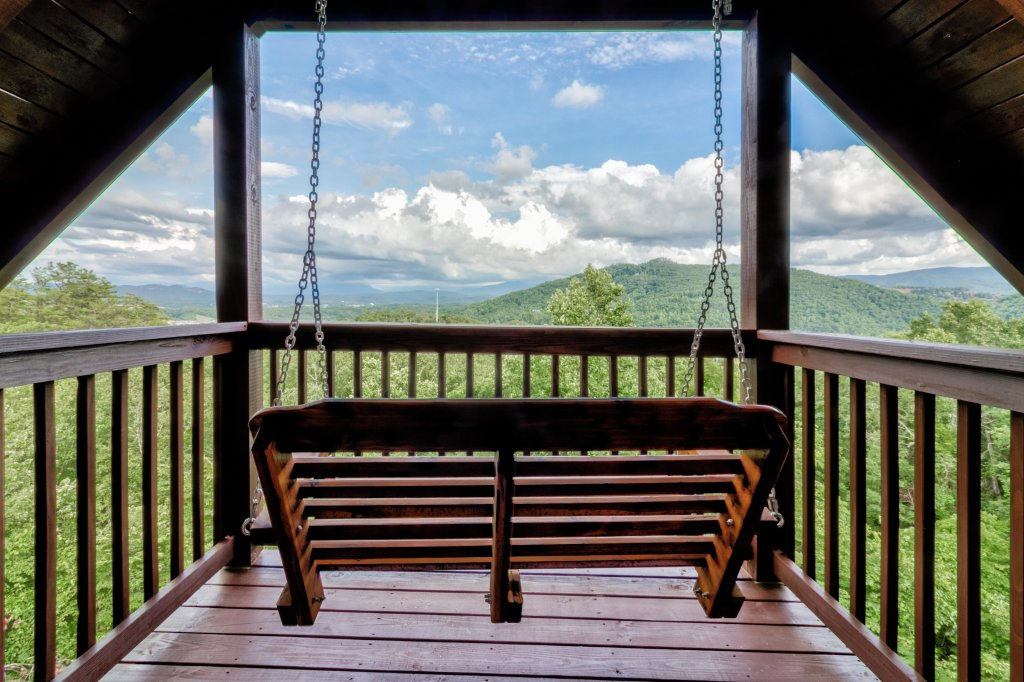 Photo of a Sevierville Cabin named Rendez-view Cabin - This is the twenty-second photo in the set.