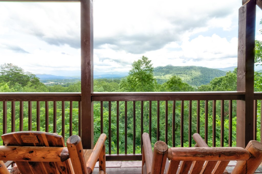 Photo of a Sevierville Cabin named Rendez-view Cabin - This is the forty-sixth photo in the set.