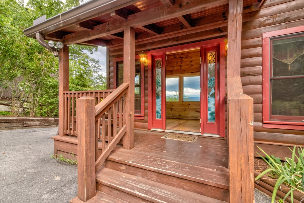 Photo of a Sevierville Cabin named Rendez-view Cabin - This is the eighteenth photo in the set.