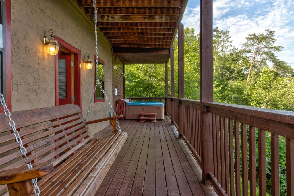 Photo of a Sevierville Cabin named Rendez-view Cabin - This is the twenty-seventh photo in the set.