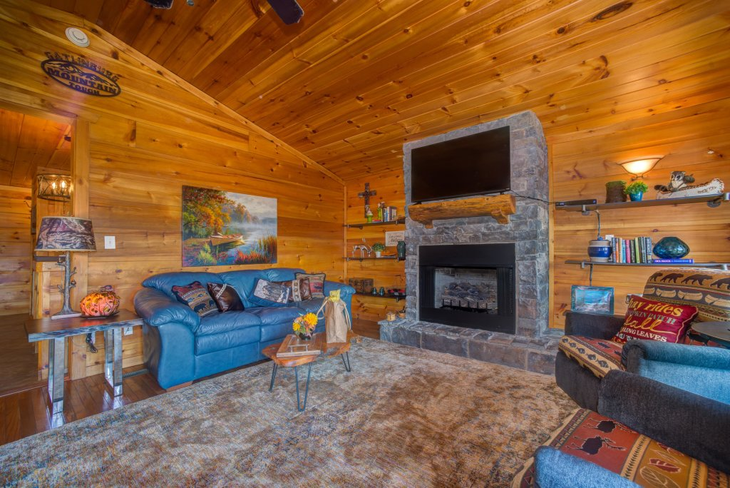 Photo of a Pigeon Forge Cabin named Bow Vista Cabin - This is the tenth photo in the set.