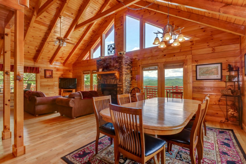 Photo of a Sevierville Cabin named Sweet Retreat Cabin - This is the fourth photo in the set.