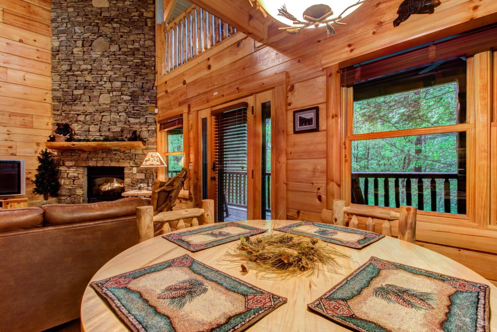 Photo of a Sevierville Cabin named Serenity Cabin - This is the twelfth photo in the set.