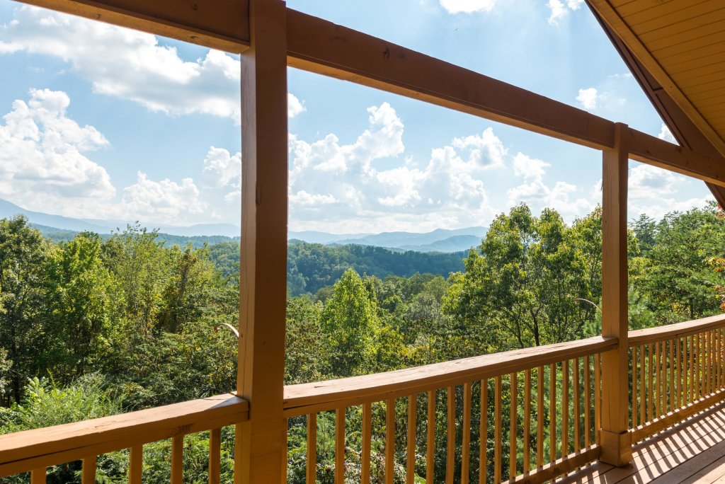 Photo of a Pigeon Forge Cabin named Bow Vista Cabin - This is the ninth photo in the set.